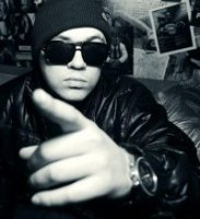 """Mezza Morta - """"Mертвая половина"""", """"Наполовину Мертвый"""" (именно так переводится его имя со сленга итальянской мафии).    Музыка Mezza Morta – это классические хип-хоповые треки,..."""