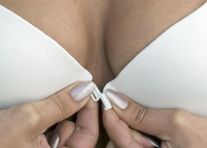 У современных американок стала раньше расти грудь. Эффективный способ изба