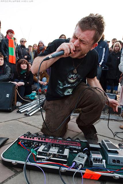 http://www.hip-hop.ru/forum/img/2011/02/03/1723644d4ab2b2da56d.jpg